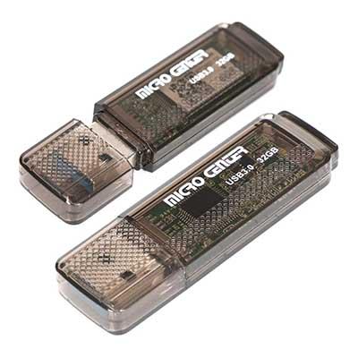 Free 32 GB Flash Drive and MicroSD Card at Micro Center